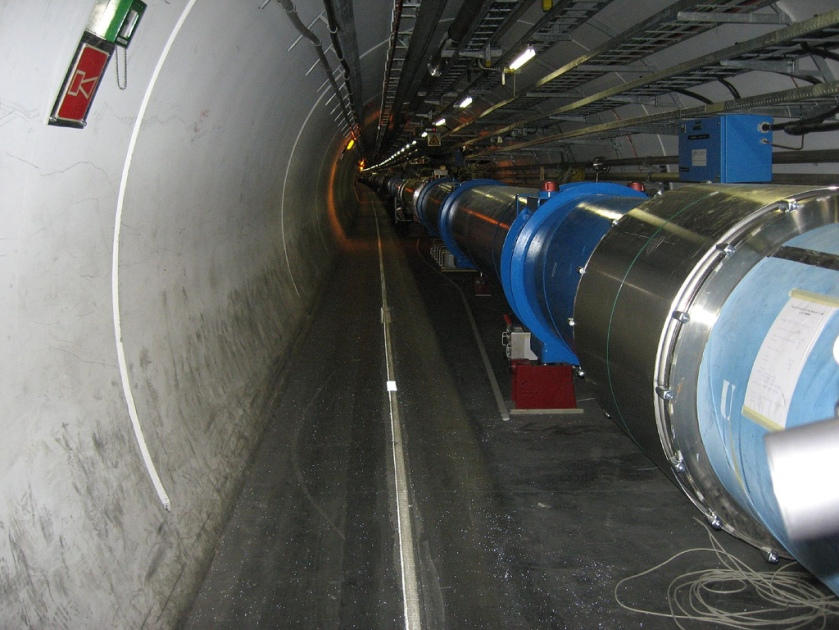 large_hadron_collider_dipole_magnets_img_0955